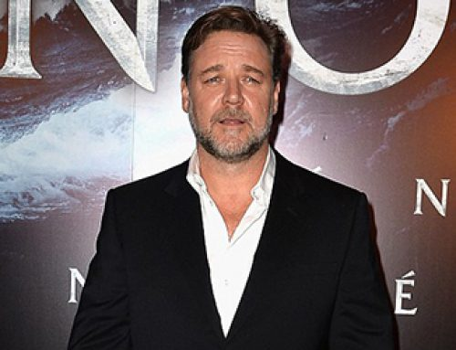 "Russell Crowe calls circumcision ""barbaric and stupid"""